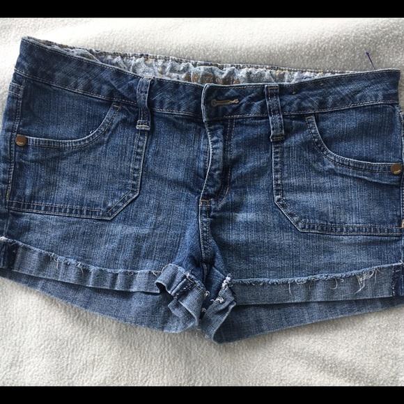 Arizona Jean Company Pants - SOLD Women's jean shorts
